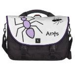 Hormigas violetas y negras del vector bolsa para ordenador