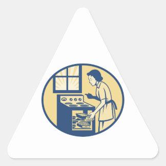 Hornada del panadero del ama de casa en la estufa calcomanías de trianguloes personalizadas