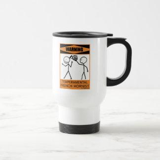 Hornist francés temperamental amonestador taza térmica