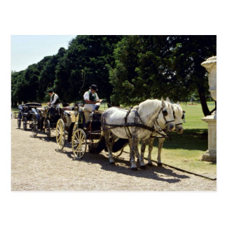 Horse and carriage, Hampton Court, England Post Card