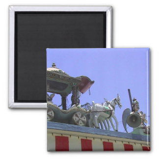 Horse and carriage on the roof 2 inch square magnet