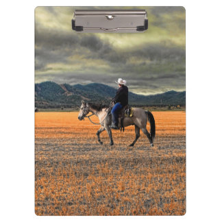 HORSE AND RIDER CLIPBOARD