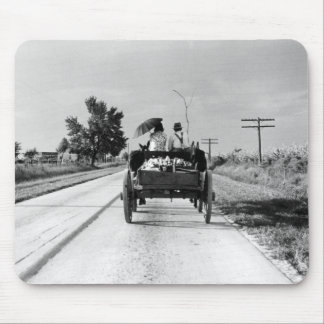 Horse drawn – 1938. mouse pad