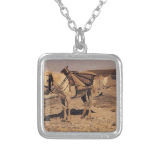 Horse for the stones collecting in the Vela Square Pendant Necklace