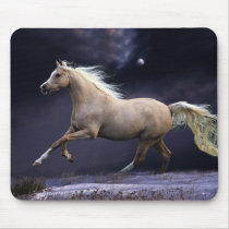 horse galloping mouse pad