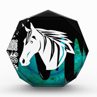 HORSE HEAD PRODUCTS AWARDS