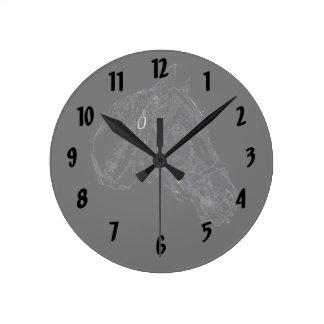 horse head stamp style round clock