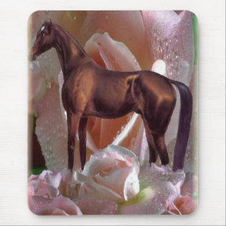 Horse in roses mousepad