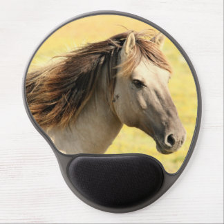 Horse in the wild gel mouse pad