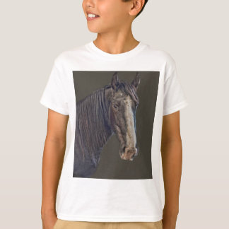horse looking T-Shirt