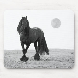 Horse perfect mouse pad