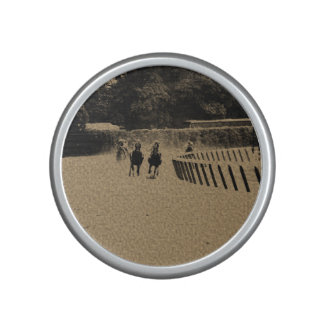 Horse Racing Muddy Track Grunge Speaker