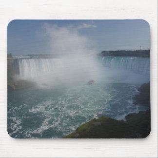Horseshoe Falls in Niagara Falls Mouse Pad
