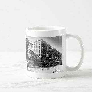 Hospital del UC los años 20 - taza