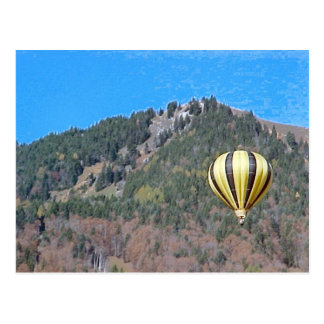 Hot air balloon in the Bernese Oberland Postcard