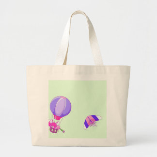 Hot air balloon on pastel green background. bag
