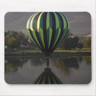 Hot air balloon over the Yakima River 2 Mouse Pad