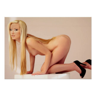 HOT Bod Blond 20X28 Poster