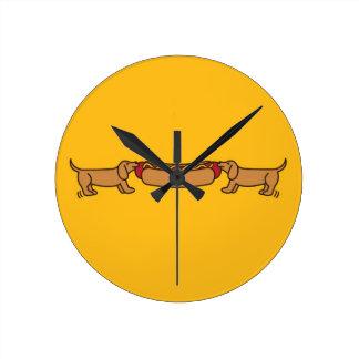 Hot Dog-O-War Round Wallclock