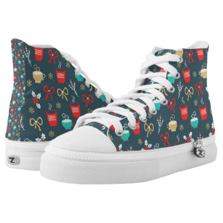 Hot drinks and Holly Berry Christmas Pattern High-Top Sneakers