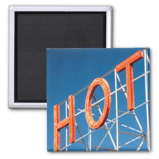 """""""Hot"""" magnet"""
