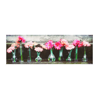 Hot Pink Daisy Stretched Canvas Print