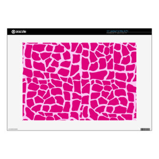 """Hot pink giraffe pattern 15"""" laptop skin"""