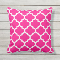 Hot Pink Quatrefoil Pattern Outdoor Pillows