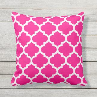 Hot Pink Quatrefoil Pattern Outdoor Pillows