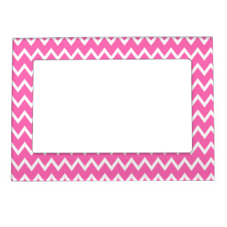 Hot Pink Zigzag Pattern Magnetic Frame
