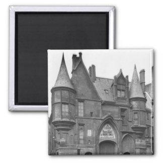 Hotel de Sens, late 19th century-early Magnet