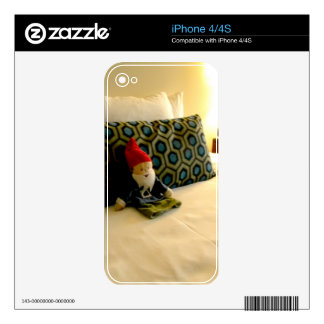 Hotel Gnome Skins For The iPhone 4