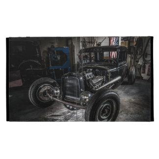 Hotrod en una caja del folio del iPad del garaje