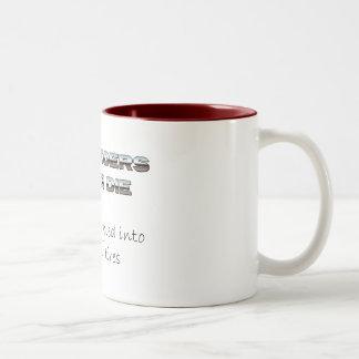 Hotrodders Never Die 2 mug