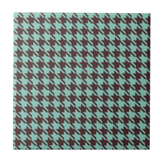 Houndstooth Checks Pattern in Brown and Green Tiles