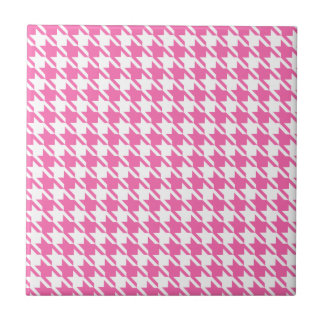 Houndstooth Checks Pattern in Pink and White Tile