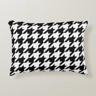 Houndstooth classic weaving black white pattern decorative pillow