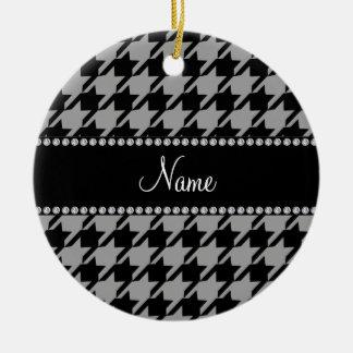 Houndstooth gris conocido personalizado adorno navideño redondo de cerámica