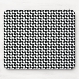 Houndstooth pattern - Black and white Mousepads