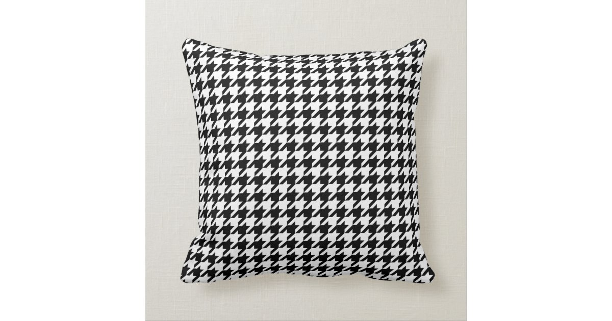 Black And White Houndstooth Throw Pillows : Houndstooth pattern black and white throw pillow Zazzle