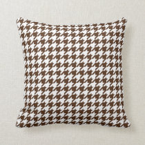 Houndstooth Pattern in Dark Brown and White Throw Pillow