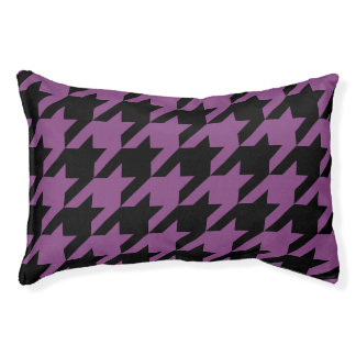 Houndstooth Pet Bed (Plum)