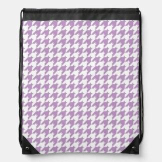 Houndstooth púrpura y blanco de la lavanda mochilas