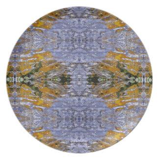 Hourglass Plate