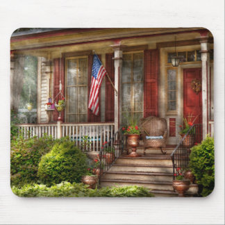 House - Belvidere, NJ - A classic American home Mouse Pad