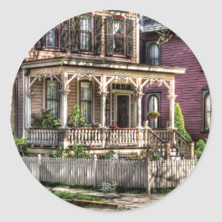 House - Country Victorian Classic Round Sticker