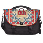 House Medallion Quilt with Multiple Borders Commuter Bag