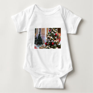 House of Santa Claus, Christmas trees and reindeer Infant Creeper