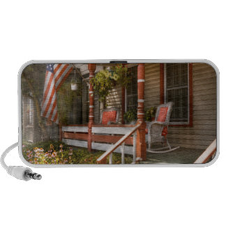 House - Porch - Traditional American Laptop Speakers