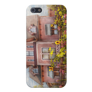 House - Victorian - Summer Cottage  iPhone 5 Cover